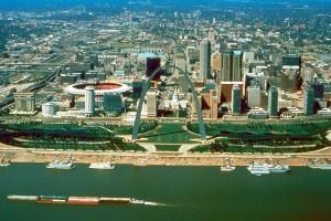 St_Louis_Missouri_skyline_over_arch